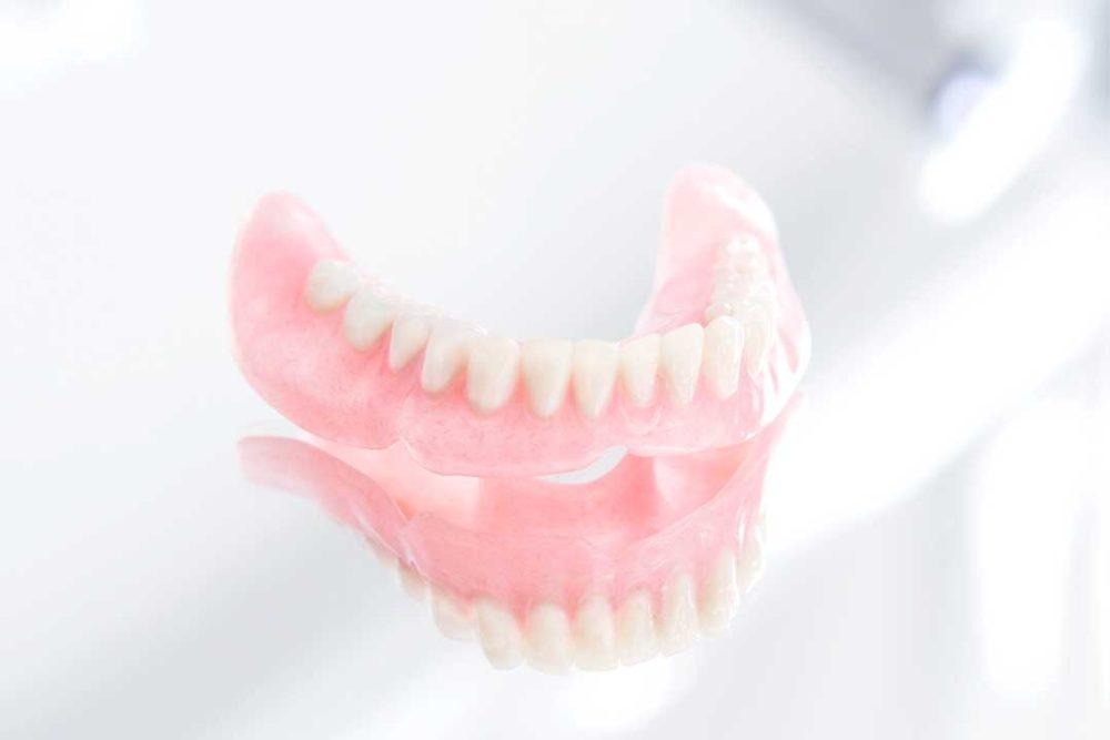 kunstgebitten-prothese-behandelingen-biologische-tandarts-friesland-foto