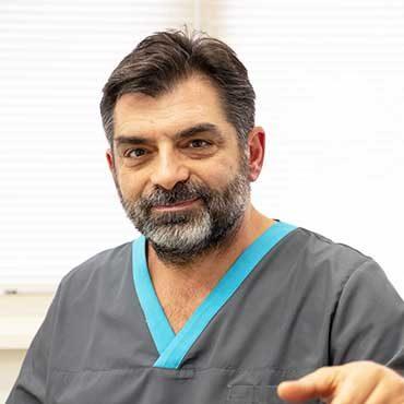andreas-hoofdtandarts-cosmetische-tandheelkunde-tandartspraktijk-blokzijl-overijssel-profiel-tandartsassistente-mondhygiene-team
